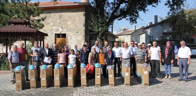"""""""Güle Oynaya Camiye Gel"""" projesinde bisiklet aldılar"""