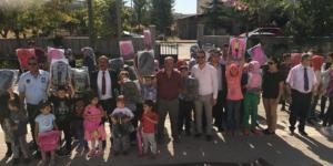 Yalıhüyük Belediyesi Öğrencilere Çanta Dağıttı