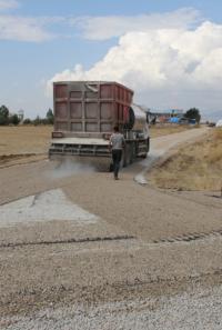 Yalıhüyük belediyesi yol yapım çalışmalarına hız verdi