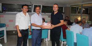 Murat Cerit'e mesai arkadaşları veda yemeği düzenledi