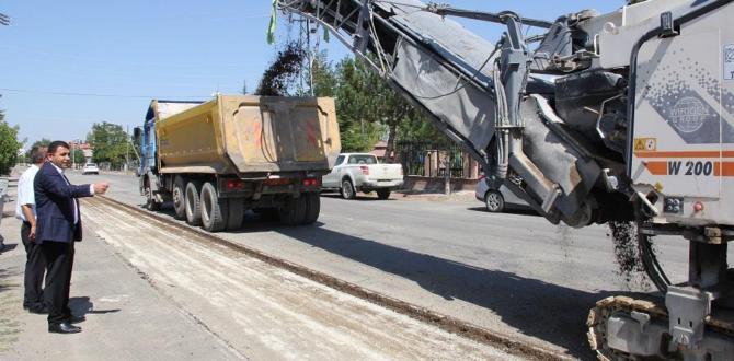 Yalıhüyük'te asfaltlama çalışmaları hız kazandı