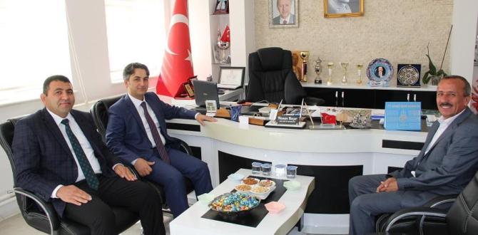 Erdoğan'dan Yalıhüyük Kaymakamı Kılınç ve Başkan Koçer'e ziyaret